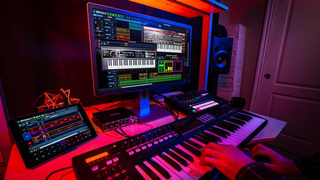 Roland-Cloud-Studio-102063-Medium